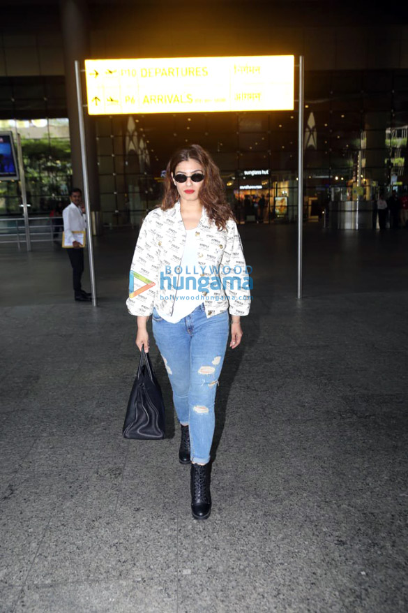 Photos Sonal Chauhan, Sonu Sood, Raveena Tandon and others snapped at the airport