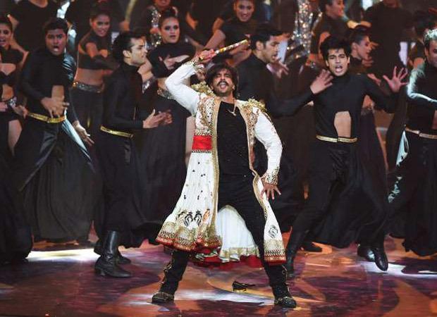 WATCH: Ranveer Singh gives a glimpse of super energetic IIFA 2019 prep