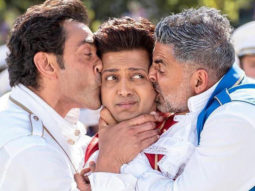 Housefull 4: Akshay Kumar and Bobby Deol caught sleeping on the sets, courtesy Riteish Deshmukh