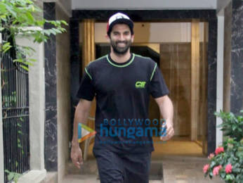 Photos: Aditya Roy Kapur snapped at Mohit Suri's office