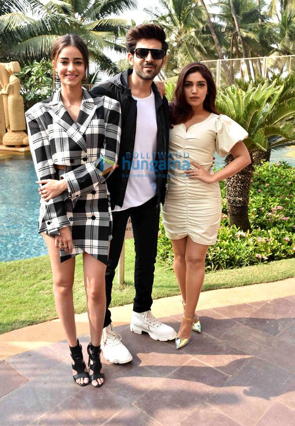 Photos: Ananya Panday, Kartik Aaryan and Bhumi Pednekar snapped during Pati Patni Aur Woh promotions
