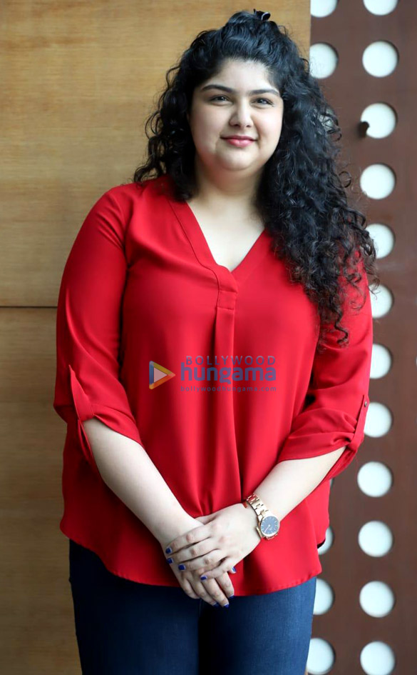 Photos Anshula Kapoor founder of Fan Kind Official announces the fifth campaign with Karan Johar (6)