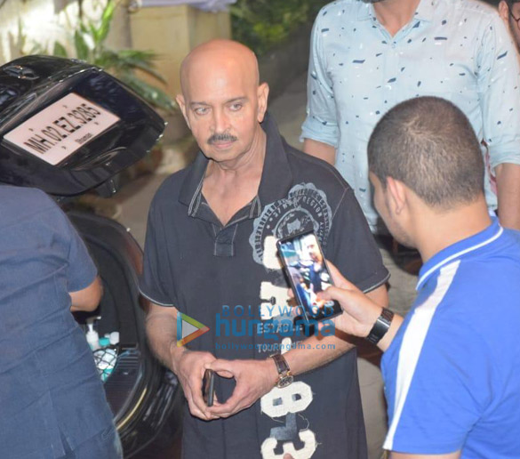 Photos Hrithik Roshan, Ananya Panday and others snapped at a dubbing studio in Juhu (3)