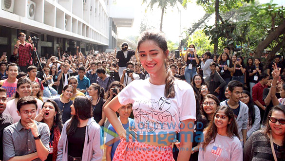 Photos Kartik Aaryan, Bhumi Pednekar And Ananya Panday snapped promoting their film Pati Patni Aur Woh at Mithibai College (2)