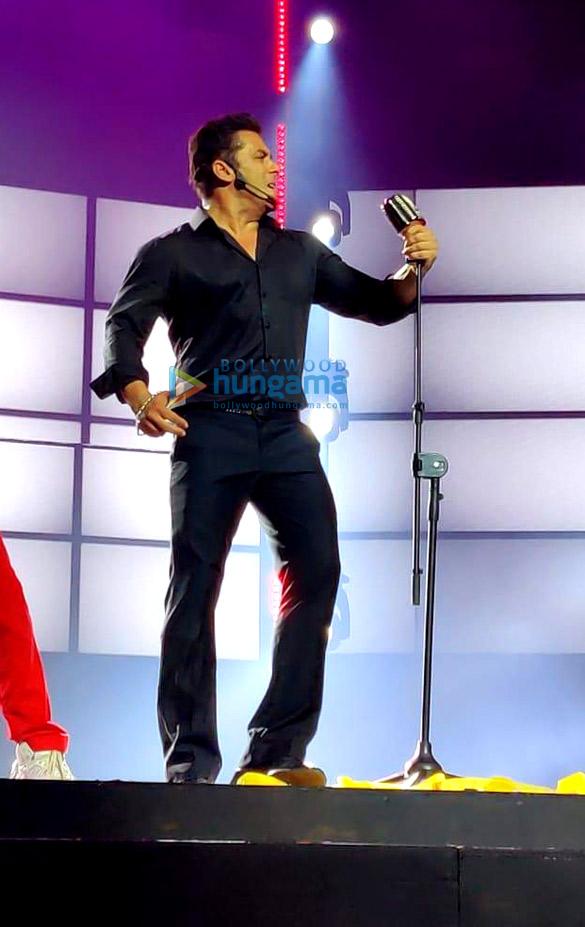 Photos: Salman Khan, Jacqueline Fernandez, Sonakshi Sinha and others perform at the Da-Bangg Tour Reloaded in Dubai