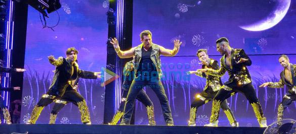 Photos Salman Khan, Sonakshi Sinha and others perform during Da-Bangg The Tour, Hyderabad (11)