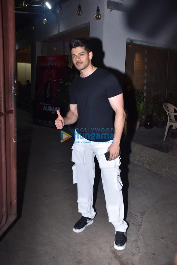 Photos Tara Sutaria, Sooraj Pancholi and others grace the special screening of Marjaavaan (7)