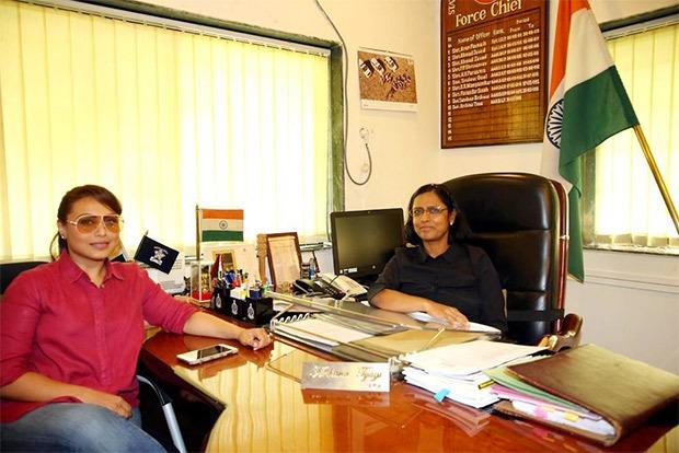 Rani Mukerji meets supercop Archana Tyagi, Additional Director General of Police & Chief of Maharashtra S.R.P.F.