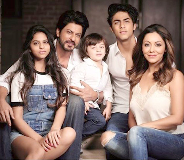 Shah Rukh Khan and Gauri Khan let the children take the center stage in this family photo