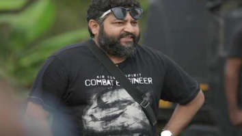 Malayalam filmmaker Lijo Jose Pellissery wins Best Director Award for Jallikattu at IFFI