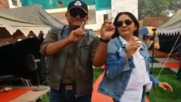Watch: Neena Gupta and Gajraj Rao ace the #DontBeShy challenge