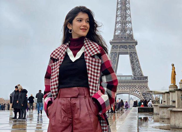 Ahead of her debut at Le Bal des Débutantes, Shanaya Kapoor strikes a pose in front of the Eiffel Tower