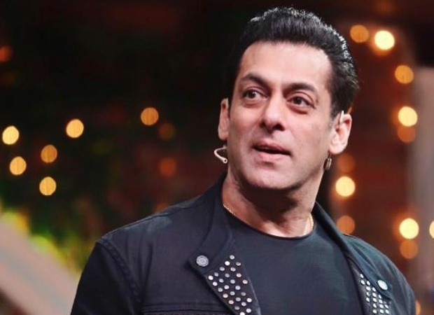 Bigg Boss surprises Salman Khan for completing 10 years on the show, the actor gets emotional