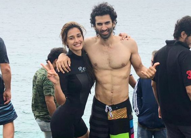 Malang stars Disha Patani & Aditya Roy Kapur to share a kiss during underwater sequence