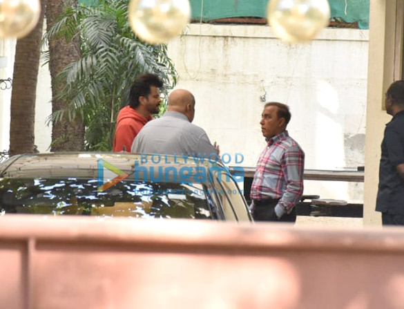 Photos Anil Kapoor snapped at a dubbing studio in Juhu (4)