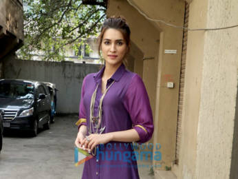 Photos: Arjun Kapoor and Kriti Sanon snapped promoting their film Panipat