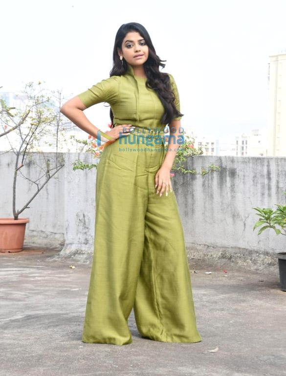 Photos Riva Kishan snapped promoting her film Sab Kushal Mangal (3)