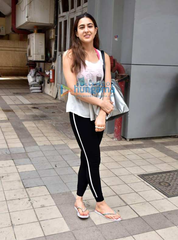 Photos: Sara Ali Khan snapped in Juhu