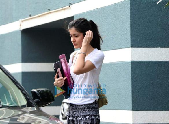 Photos Shanaya Kapoor spotted at a dance class (3)