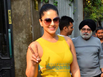 Photos: Sunny Leone snapped at a restaurant in Juhu
