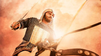 Panipat: Arjun Kapoor turns a master-mind for his men in this still from the film