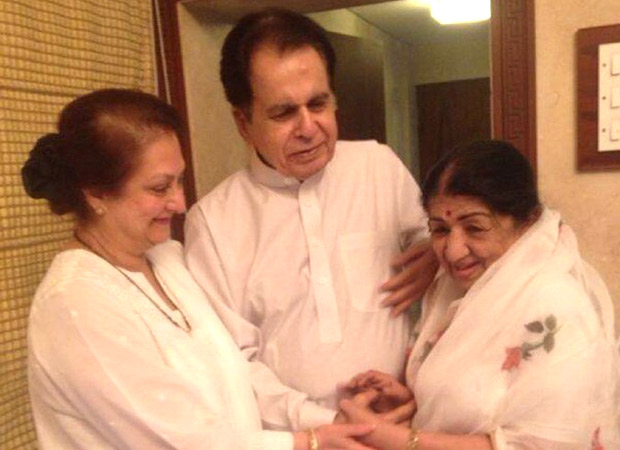Dilip Kumar overjoyed with 'choti behen' Lata Mangeshkar's homecoming from the hospital, see tweet