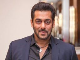 Salman Khan attends the wedding reception of his makeup man's son