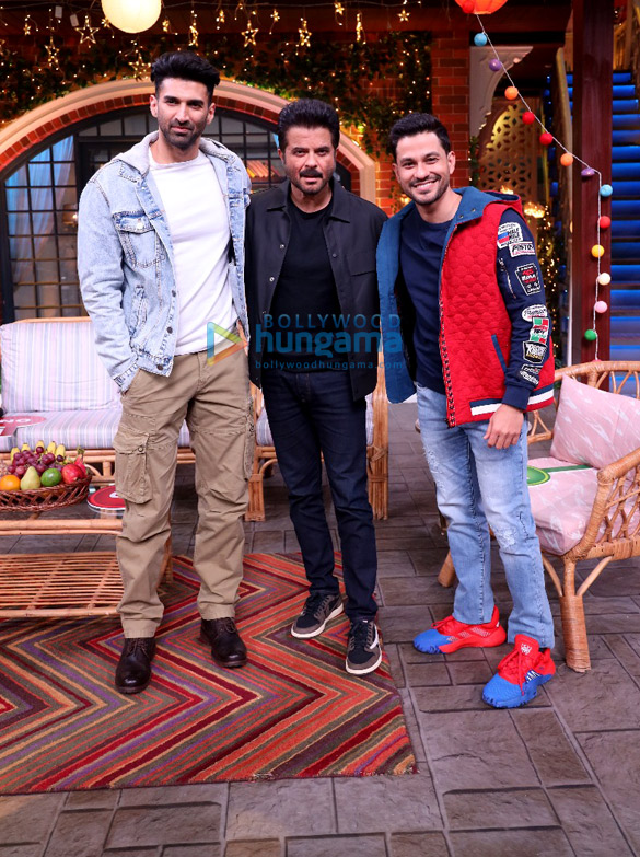 Photos Cast of Malang snapped on the sets of The Kapil Sharma Show (3)