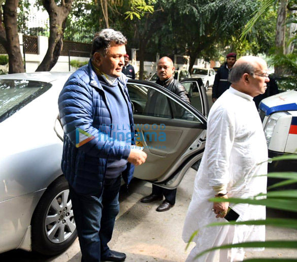 Photos Celebrities attend Ritu Nanda's funeral in Delhi (2)
