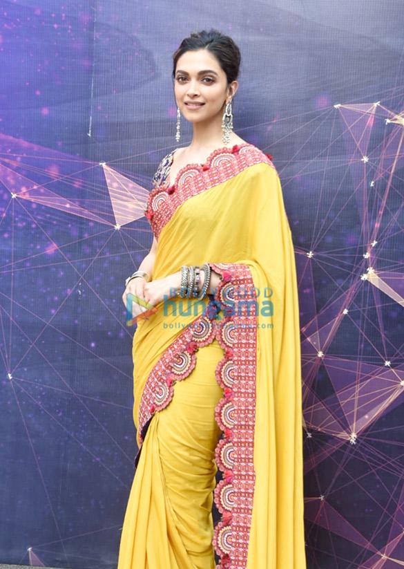 Photos Deepika Padukone snapped promoting Chhapaak (3)