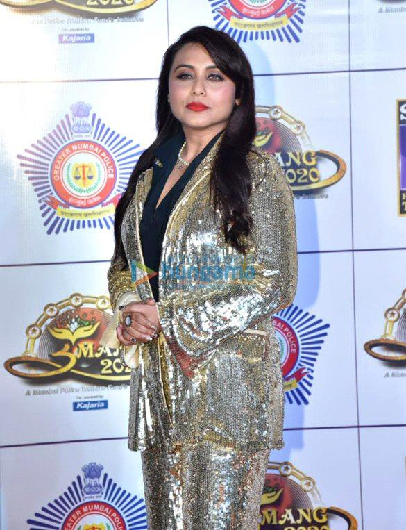Photos: Sara Ali Khan, Kartik Aaryan, Varun Dhawan and others grace 'Umang 2020′
