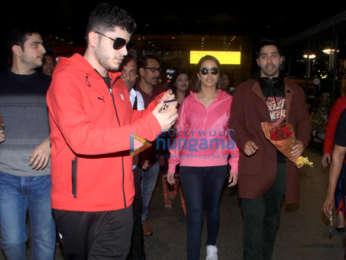 Photos: Shraddha Kapoor and Varun Dhawan snapped at the airport