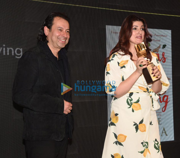 Photos Twinkle Khanna snapped at Crossword Book Awards 2020 at Crossword Bookstores-0121 (02)
