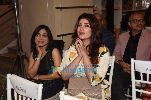 Photos Twinkle Khanna snapped at Crossword Book Awards 2020 at Crossword Bookstores (2)