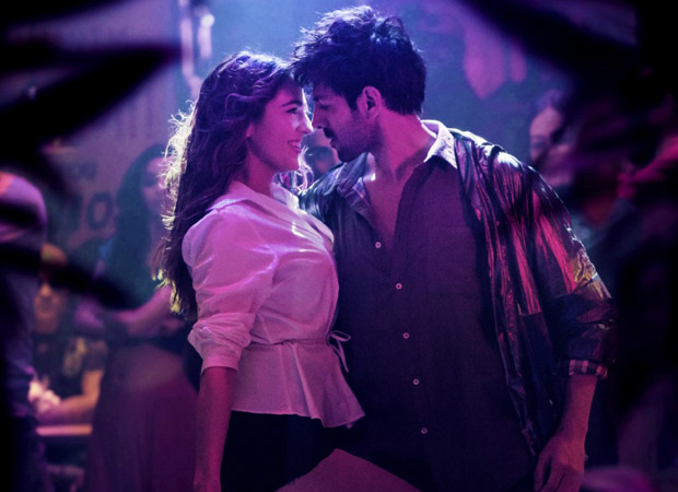Love Aaj Kal's latest song Haan Main Galat is Imtiaz's quirky take on Love as we see it Aaj Kal