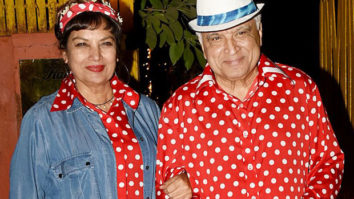 Bollywood celebrities go retro at Javed Akhtar's theme birthday bash; see pics
