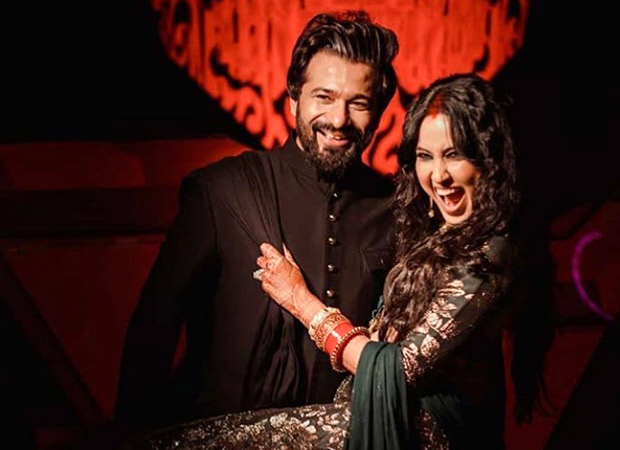 Watch: Kamya Punjabi is a happy bride as she takes on the dance floor at her Mumbai reception