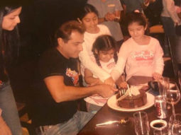 Throwback: Sanjay Kapoor shares an old picture of himself with little Janhvi, Khushi and Shanaya Kapoor