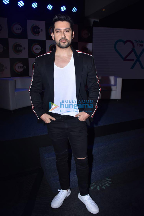 Photos Celebs grace 2nd anniversary celebration of Zee5 (6)