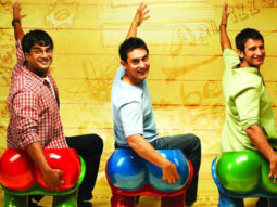 Japan theatre plays 3 Idiots as the last film before shutting down, and has a houseful show!
