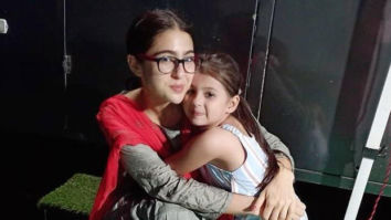 Atrangi Re: Sara Ali Khan flaunts her desi avatar as she hugs child artiste Mannat Mishra in this adorable photo