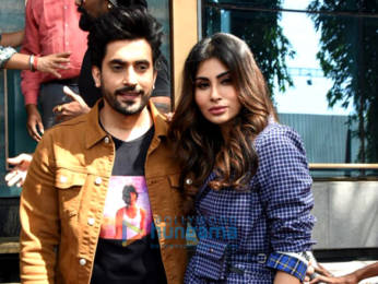 Photos: Mouni Roy snapped at the Holi Mein Rangeele song press conference