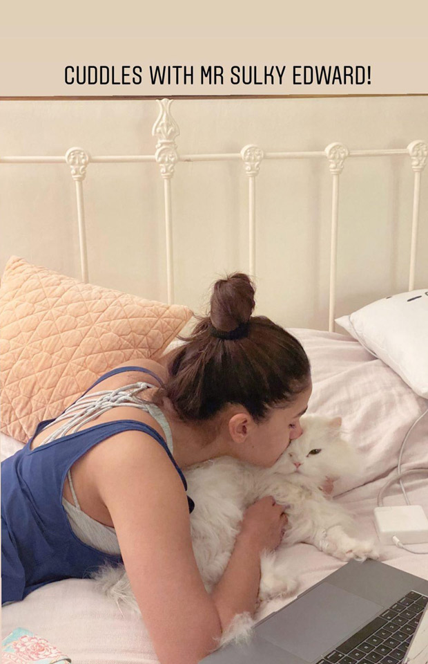 Alia Bhatt's picture with her cat Mr. Edward is every cat lover ever!