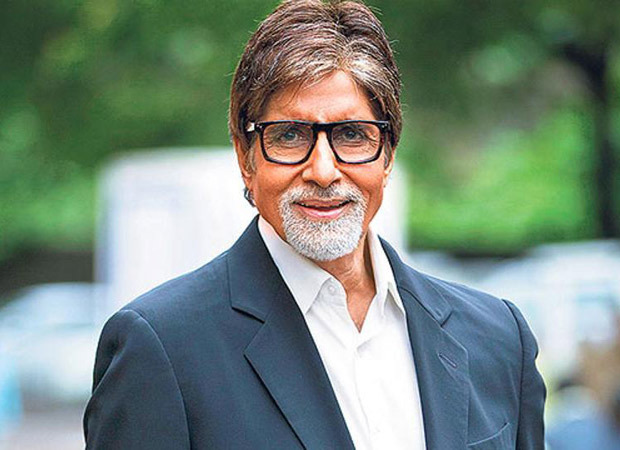 Amitabh Bachchan clarifies that the 'home quarantined' stamped hand's photo shared by him is of someone else