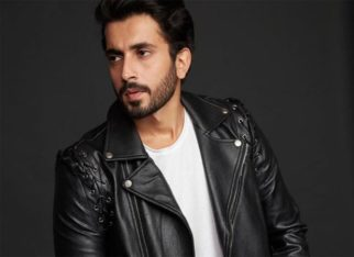 Sunny Singh gives his audience important tips to work out at home!
