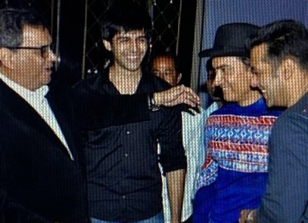 Subhash Ghai shares unseen picture of Kartik Aaryan with Salman Khan and Aamir Khan, Kartik responds