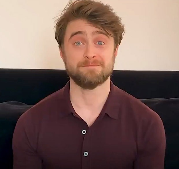 Daniel Radcliffe reads first chapter of Harry Potter and The Sorcerer's Stone
