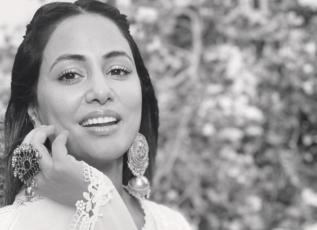 Hina Khan looks ethereal in her latest pictures, leaves her fans gushing over her infectious smile