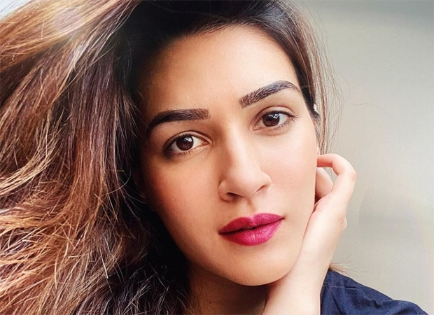Kriti Sanon tries her hand at making khow suey and it looks delicious