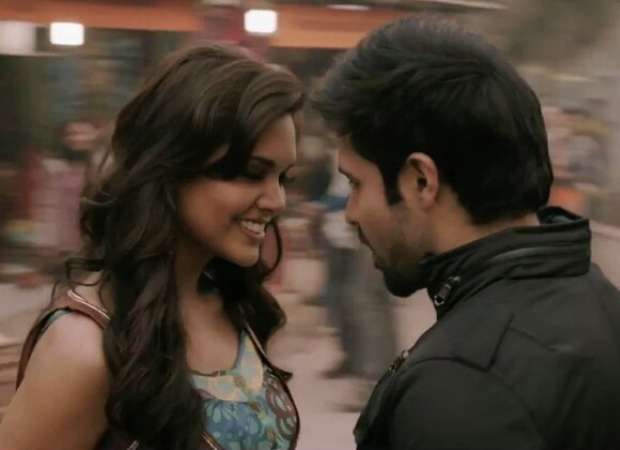 EXCLUSIVE: Esha Gupta reveals she was nervous about her dad and mom watching her kiss Emraan Hashmi : Bollywood Information 3